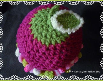 Layette: hat with PomPoms, Green Apple, raspberry and whipped cream, 3/6 months