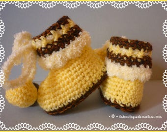 Baby: baby shoes crocheted amounts, chocolate vanilla, whipped cream 3/6 months