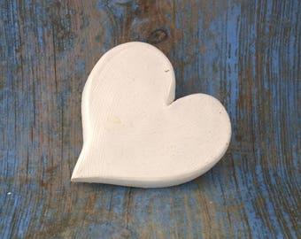coeur en plâtre prêt à décorer