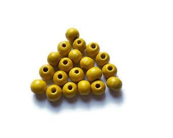 20 x white wood beads