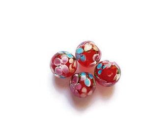 Flowers x 4 glass beads