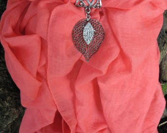 Scarf jewelry red and leaf