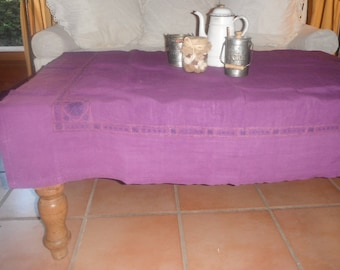 Vintage square tablecloth dyed in purple and 4 napkins