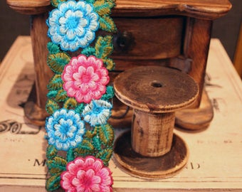 Ribbon embroidered flowers on tulle 5 cm