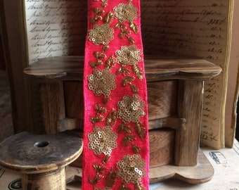 Braid Casmere flowers sequins on coral silk 5.5 cm