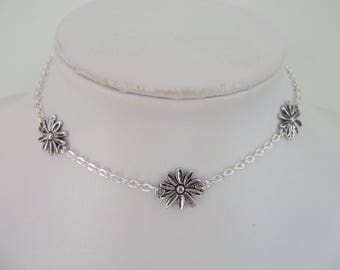 Silver Flower Choker necklace