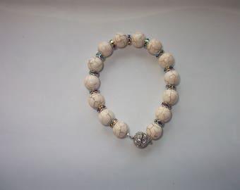 Effect cracked glass beads bracelet