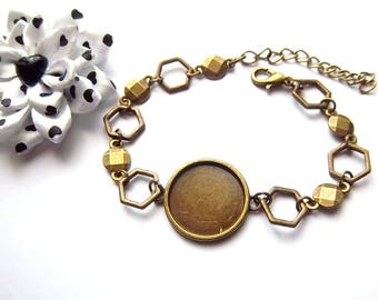 1 bronze 18mm cabochon bracelet holder, hexagonal rings, faceted round