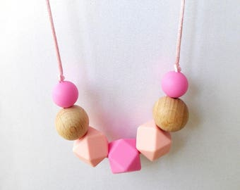 Pink Silicone Sensory Teething Necklace / Baby teething / Gift for new mum / Nursing necklace / Chewelry / Chew necklace / Necklace teether