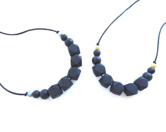 Black Silicone Teething Necklace For New Mum Gift Silicone Nursing Necklace Baby Teething Necklace Breastfeeding necklace Chewable necklace