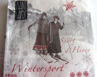 20 paper napkins identitiques winter SPORTS in 1920 REF.   3855