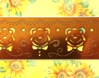 METAL STENCIL for EMBOSSING or EMBOSS - Cubs REF. 69