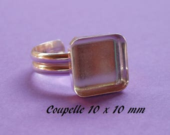 Ring in sterling silver. 925 square dish 10 x 10 mm