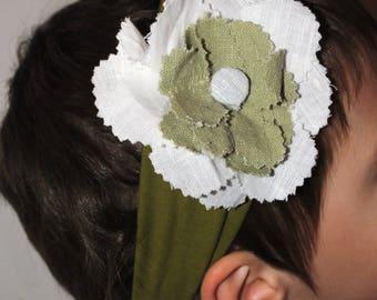 Khaki headband with flower