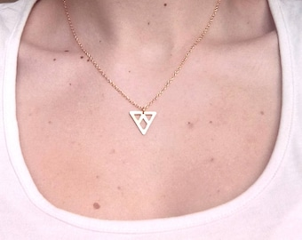 NÁYADE - Pendant gold plated chevron triangle necklace