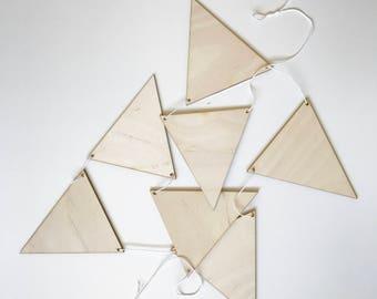 wood triangle banner - plain
