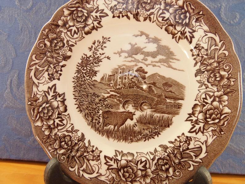 4 ROMANTIC ENGLAND Bread /& Butter Plates