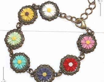 Bracelet Cabochon cameos from resin flowers romantic hippie trends