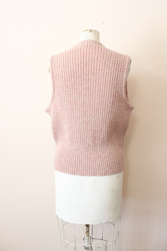 Dusty Pink wool vest | 1990s light pink cable kni… - image 7