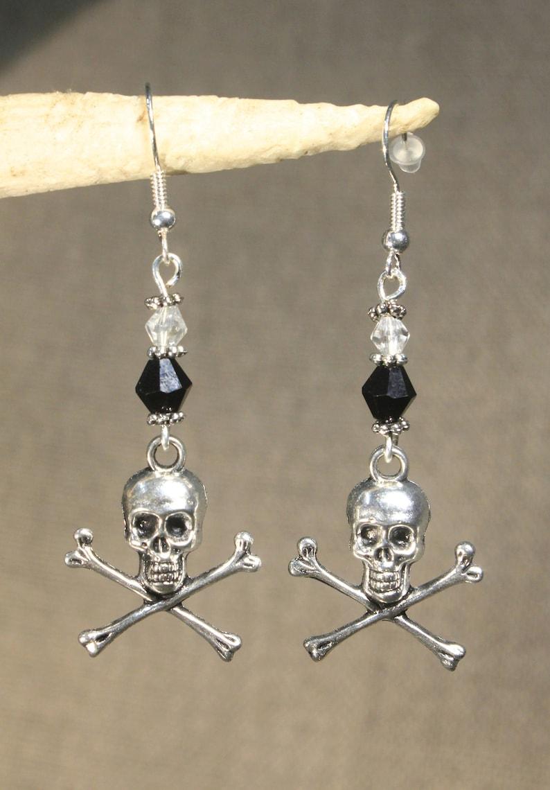 rock pirate Earrings death head bone gothic fantasy