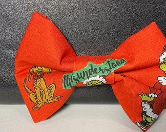 Red Grinch(dog) bow tie with velcro