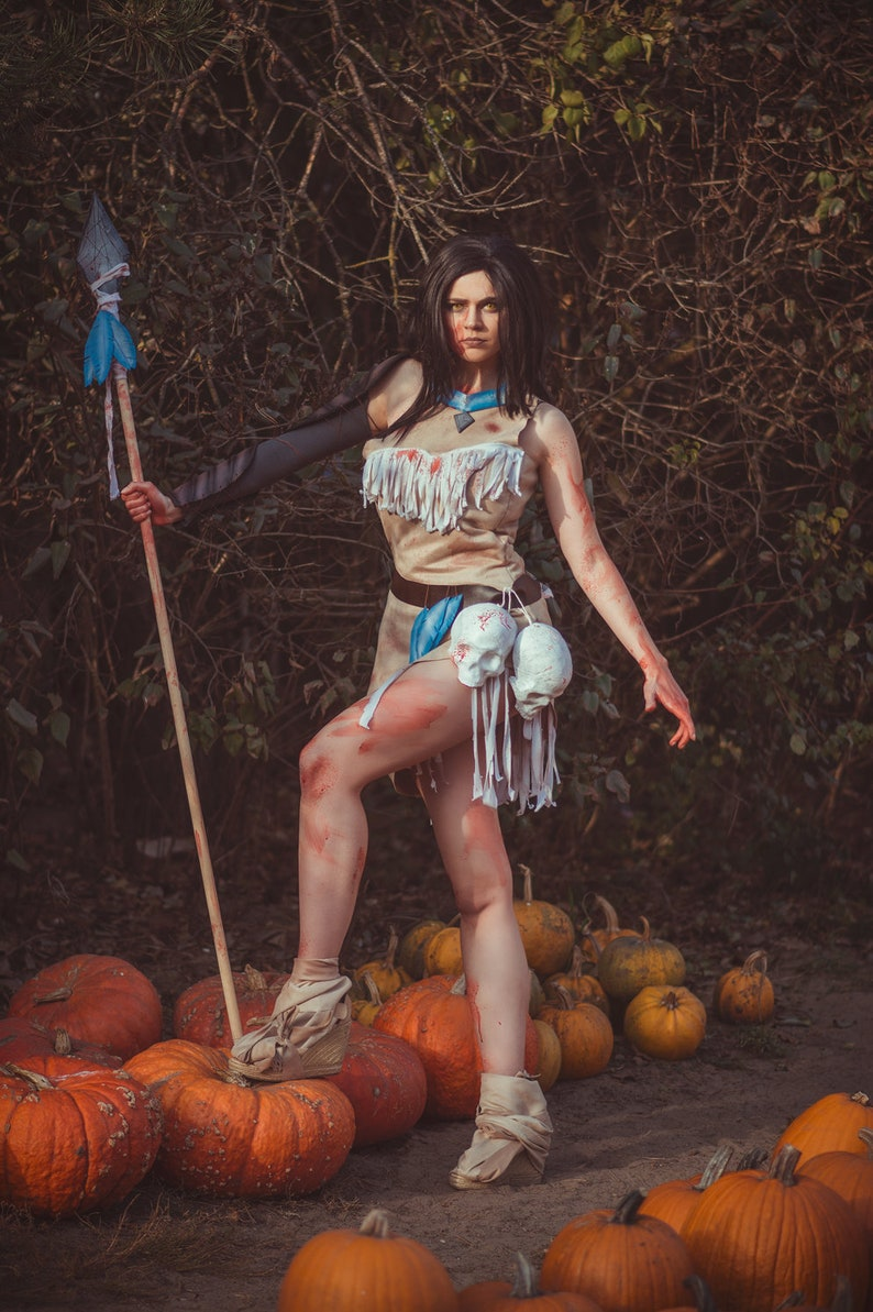 Halloween costume twisted pocahontas inspired cosplay image 0
