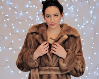 28f44fb1a1a0 Mink, Vintage Fur, Fur Coat, Fur Jacket, Mink Fur, Mink Coat, Vintage Coats,  Winter Coats, Vintage Fur Coat, Fur Coats for Sale, Furry