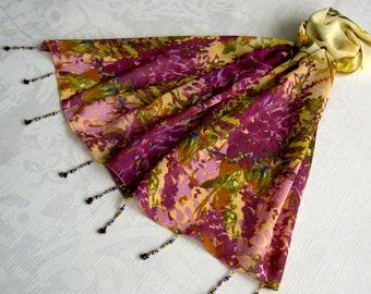 Foulard décoré de perles, écharpe légère, foulard bijou, écharpe d été,  accessoires femme, cadeau, jaune et prune, motif fleuri 055 c6de04b9f34