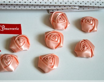 Roses satin flowers - Set of 7