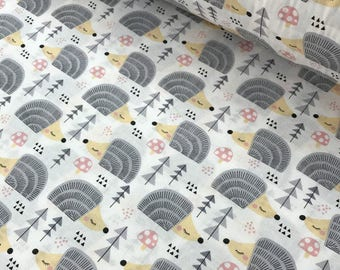 Cotton printed fabric 100% coupon 100 x 160 cm, with a pattern grey hedgehogs on a white background