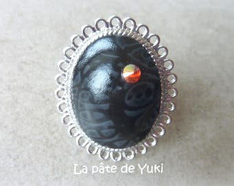 Ring adjustable oval cabochon black grey lace and Red rhinestones-made polymer clay