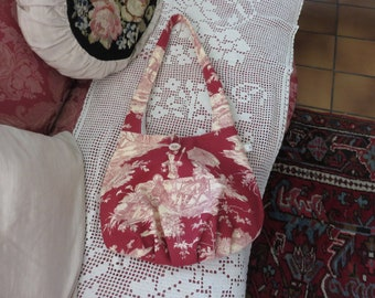 Jouy ball/web-shaped bag/Water stories/red and ivory/white cotton-lined/shoulder-to-shoulder/light and solid/