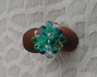 Gouttess glass beaded ring