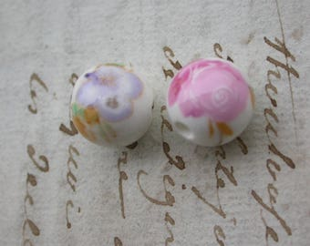 set of 6 ceramic round beads