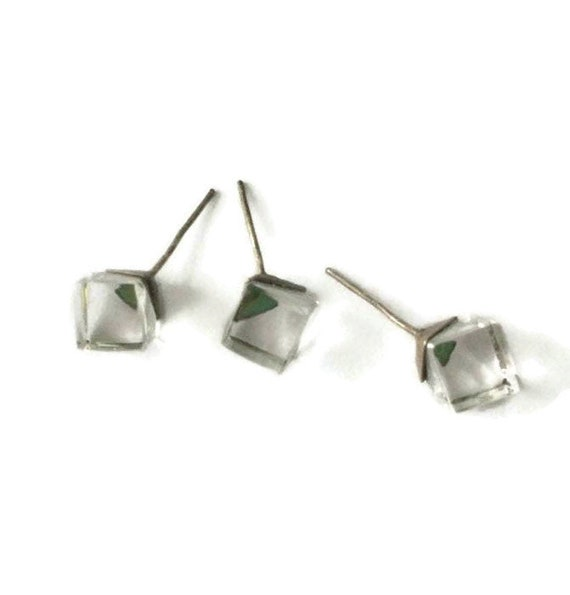 Vintage Retro 1980/'s Clear Rainbow Crystal Glass Cube Transparent Small Studs Earrings