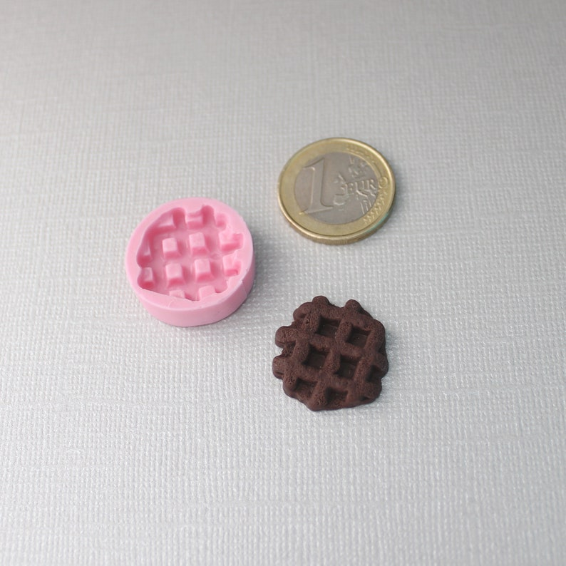 resin Miniature food silicone mold Biscuits for miniature charlotte cold porcelain Waffle Gummy bear etc. For polymer clay
