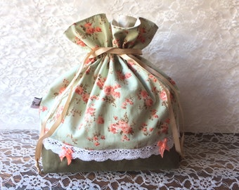 Romantic drawstring bag - green with orange flowers