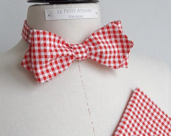 Bow tie with pointed ends and matching wallet