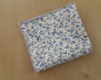 Pocket square in floral cotton