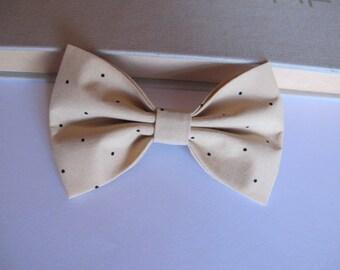 Bow tie, 2 in 1 beige black polka dot hair clip