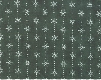 Homegrown Holidays - Deb Strain - Snowflakes In A Row - Holly Green - 19946-16 - Fabric is sold in 1/2 yard increments