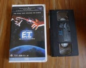 E.T. The Extra Terrestrial VHS w Clamshell Case