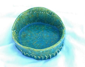 Celery Green Lace Bowl