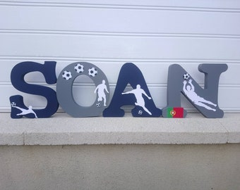 name wood first ask, letter to be put, large letter, letter decorative football theme