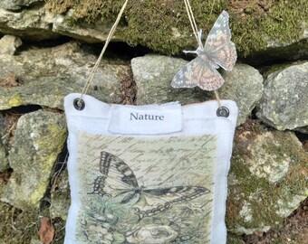 """Small cushion """"Nature"""" to hang"""