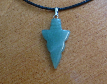 Native American arrowhead pendant necklace, American Indian arrowhead necklace, Jade arrowhead necklace