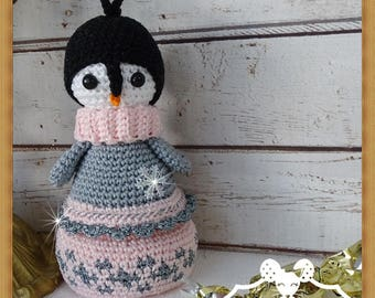 Box in crochet Amigurumi stuffed Penguin