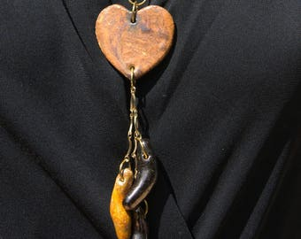 """""""To the sounds of my heart"""" necklace made of stoneware and earthenware"""