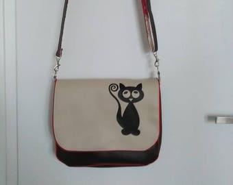 Adjustable shoulder strap in faux leather Messenger bag