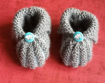 Hand knitted newborn baby booties
